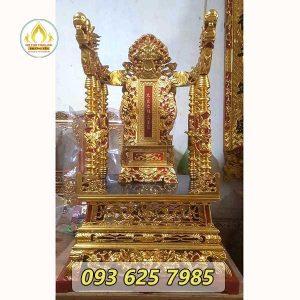 Mẫu ngai thờ sơn son thếp vàng